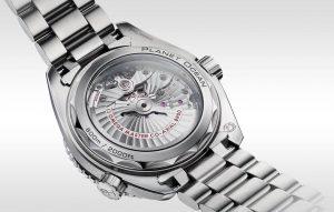 replica Omega Seamaster Planet Ocean 215.30.44.21.04.001 watch