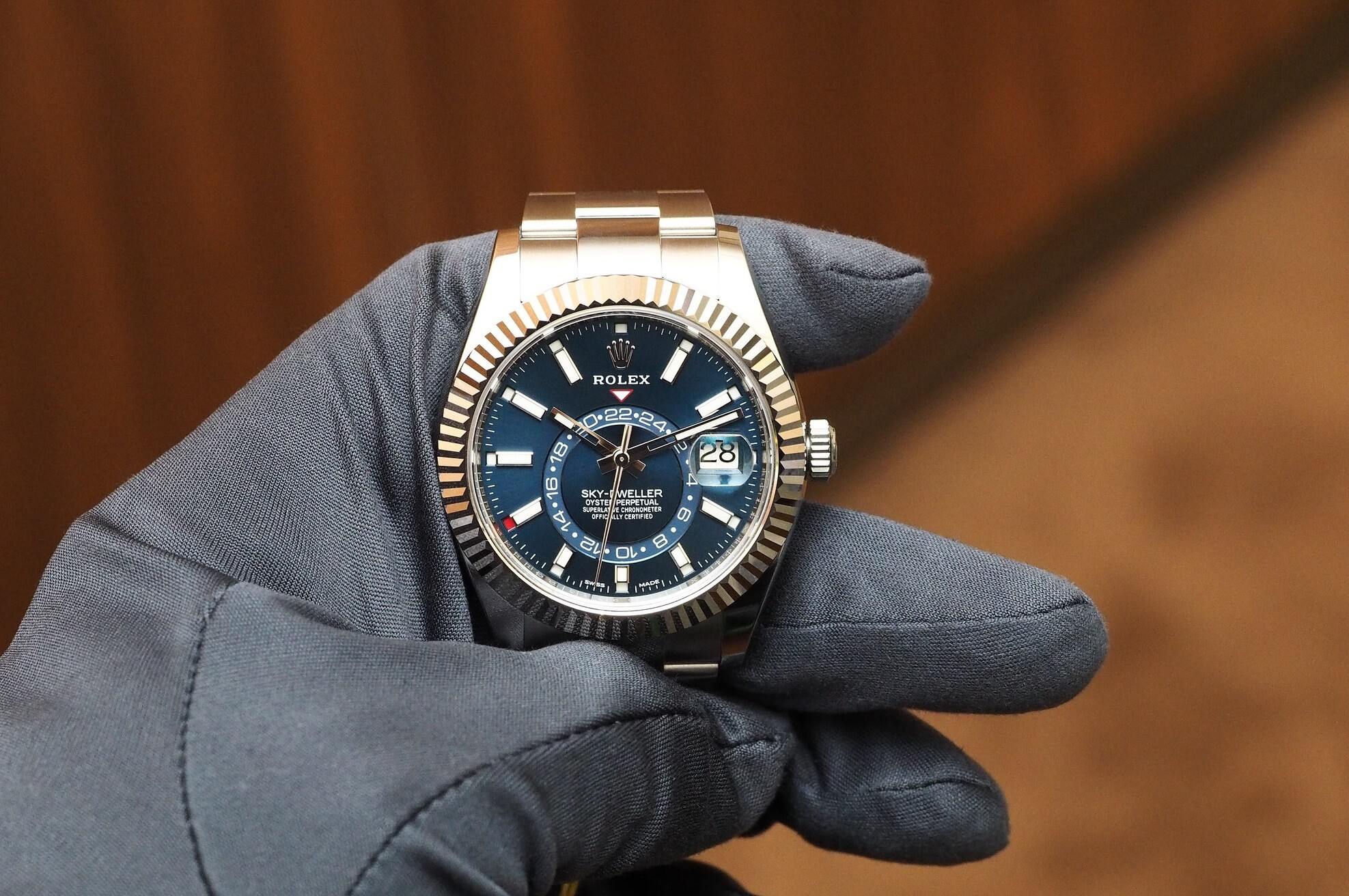 "Rolex Fake Sky-Dweller ""Rolesor"" 326934 With White Gold And Steel"